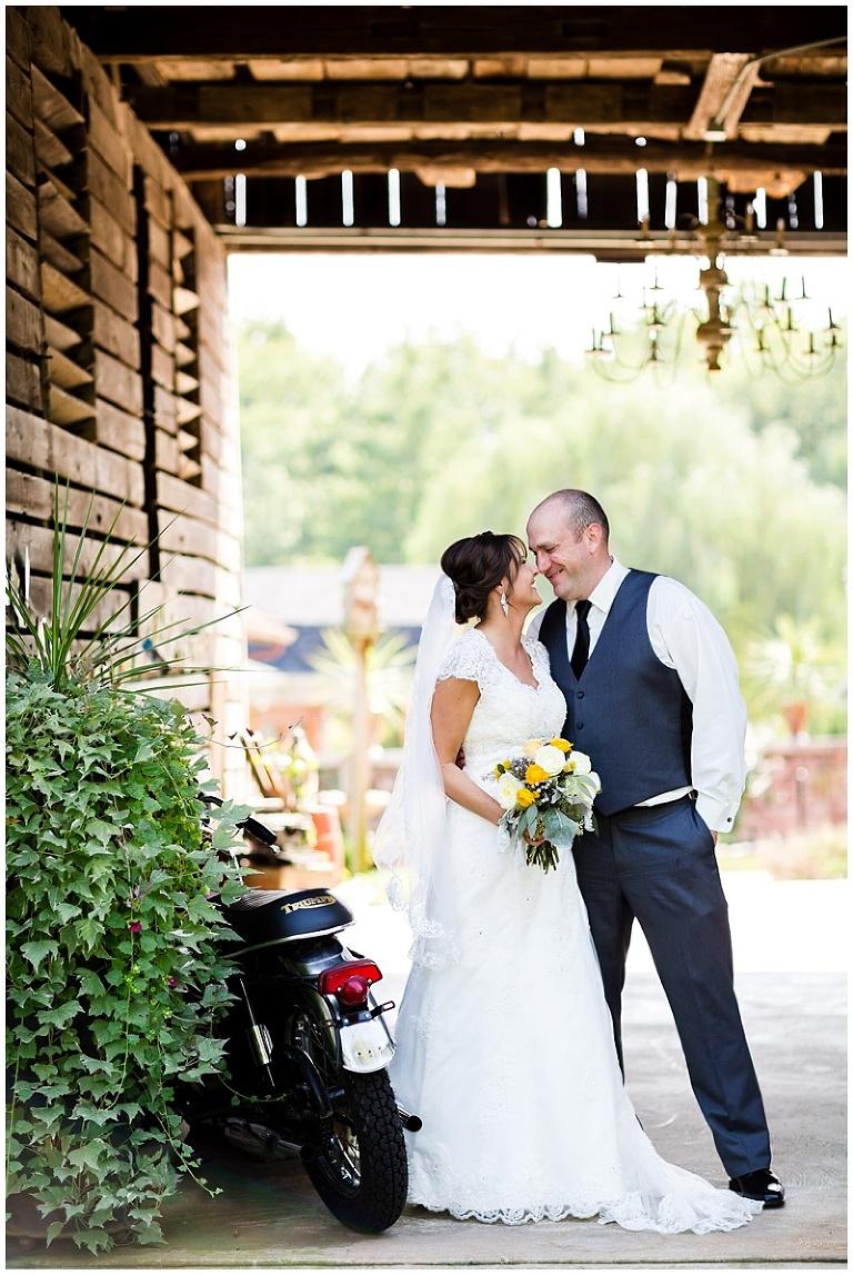 Harrisburg-Wedding-Photographer_0024