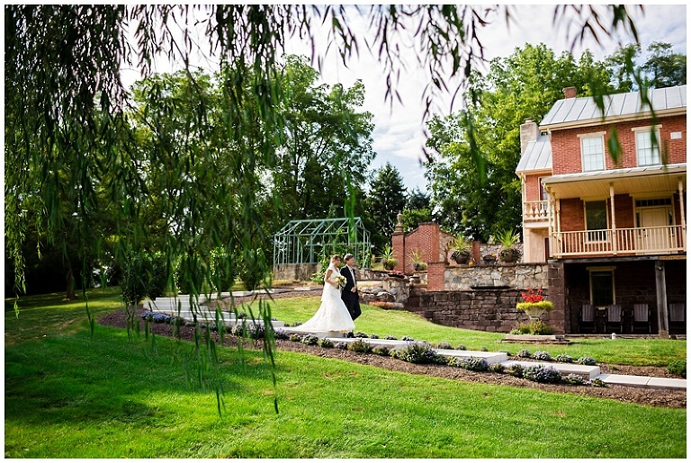 Harrisburg-Wedding-Photographer_0037
